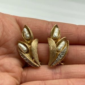 Vintage antique gold plate cattails pearl rhinesto